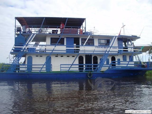 Barco Hotel Sonho do Pantanal naufraga no MS