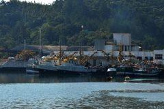 Barco que conseguiu licenca na justica e apreendido por pesca ilegal em SC