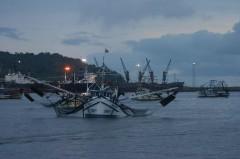 Barcos utilizados na pesca de arrasto