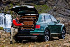 Bentley Bentayga lanca modelo SUV com compartimento e kit de pesca de fly de serie 3