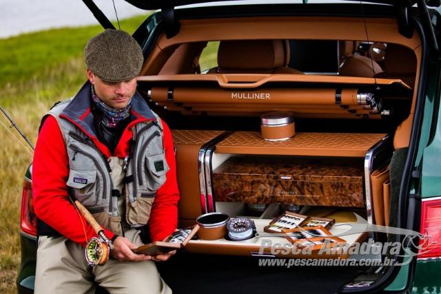 Bentley Bentayga lanca modelo SUV com compartimento e kit de pesca de fly de serie 4