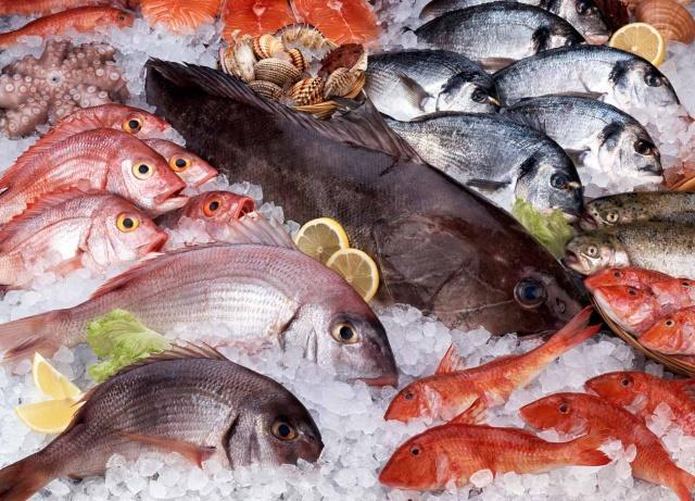 Como escolher o peixe na hora de comprar