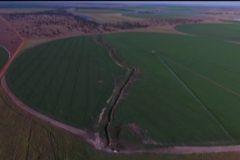 Fazenda constroi canal para desviar agua causando danos ao Rio Araguaia em Goias 6