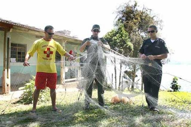 Guarda Ambiental apreende 40 tarrafas e 10 redes na Represa Billings no ABC 2