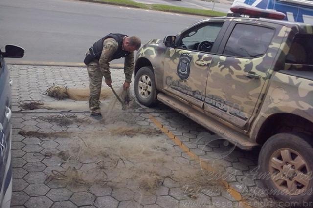 Guarda Ambiental apreende oito redes apos denoncias no Parana