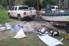 IAP aprende 800 m de redes e 60 kg de pescado ilegal no Parana 3