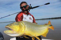 Javier Enrique comanda a 4  temporada de Pasion por la Pesca  na Fish TV