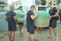 Mais de tres mil peixes ja foram resgatados no Rio Doce