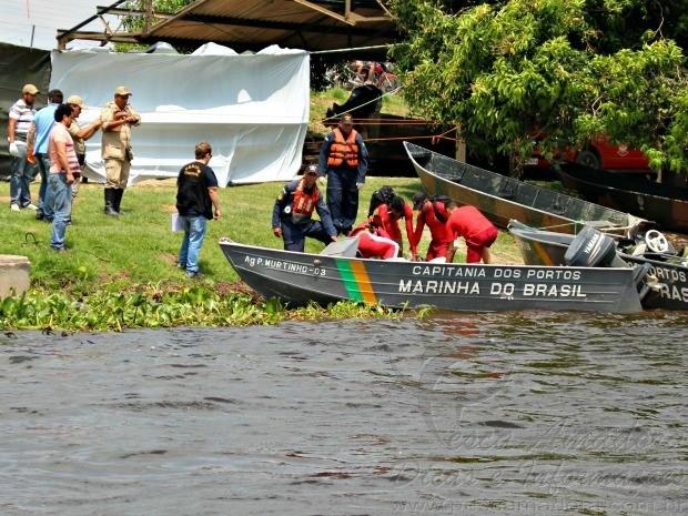Marinha faz busca no rio paraguai