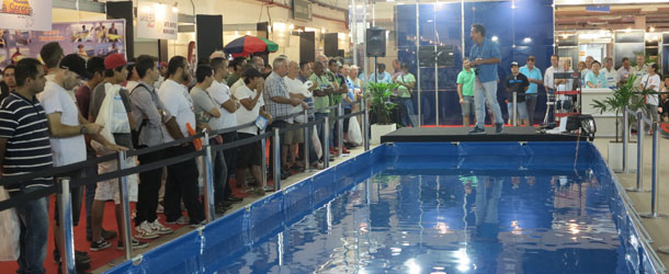 Nakamura na piscina de arremessos