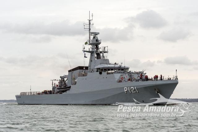 91c6937e1b Navio da Marinha encerra buscas por pescadores do naufrágio do Barco ...