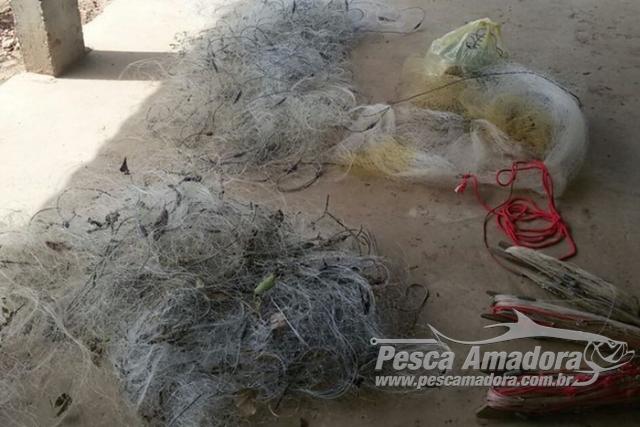 PM apreende oito redes e 92 kg de pescado ilegal no Rio Claro em Goias