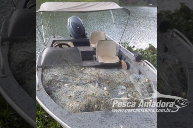 PMA apreende 20 redes de pesca e solta 60 peixes no Rio Parana em Panorama-SP