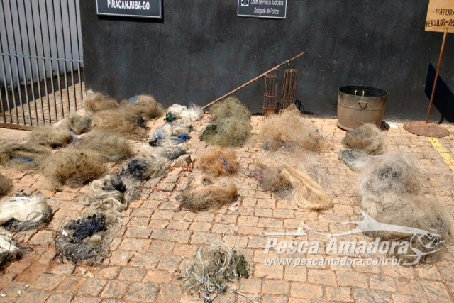 PMA apreende 31 rede 100 kg de carne e 252 kg de pescado ilegal no Rio Meia Ponte-GO 2