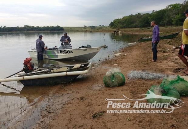 pma-apreende-5-mil-metros-de-redes-100-kg-de-pescado-e-autua-11-homens-por-pesca-ilegal-no-rio-tiete-no-interior-de-sp