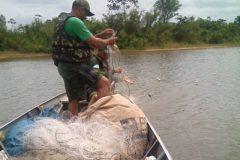 pma-apreende-dois-mil-metros-de-redes-de-pesca-no-rio-tocantins