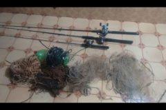 PMA autua tres pescarem sem licenca ambiental e apreende redes no Rio Ivinhema-MS