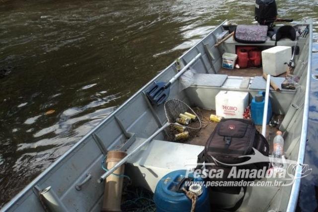 pma-desmonta-acampamento-em-local-proibido-para-a-pesca-rio-anhandui-ms-2