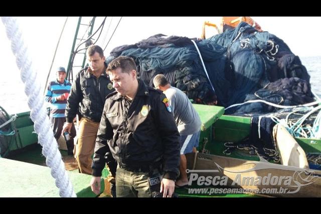 PMA intensifica fiscalizacao de pesca ilegal em mar aberto no Parana