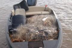 PMA recolhe mais de 2 km de redes e apreende 80 kg de pescado ilegal no Parana