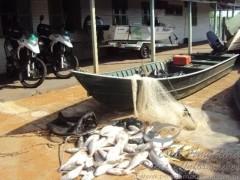 Pescado e material de pesca apreendidos em Castilho-SP