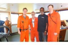 Pescador de Cabo Verde e resgatado em aguas brasileiras apos 53 dias a deriva no oceano 2
