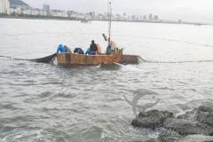 Pescador flagra pesca ilegal na praia da Urca no RJ