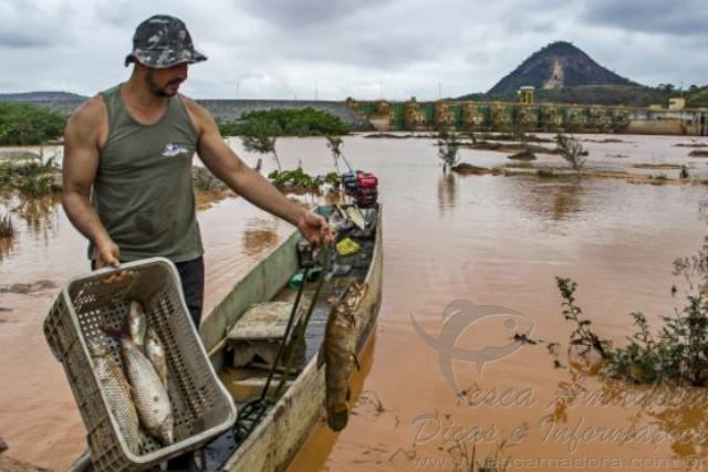Pescadores e ribeirinhos afetados pela tragedia ambiental no Rio Doce 4