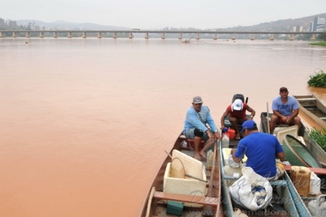 Pescadores e ribeirinhos afetados pela tragedia ambiental no Rio Doce 5
