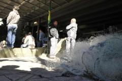 Pescadores protestam contra proibição do uso de redes de cerco