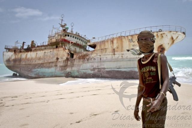 Piratas somalis capturam barco de pesca iraniano