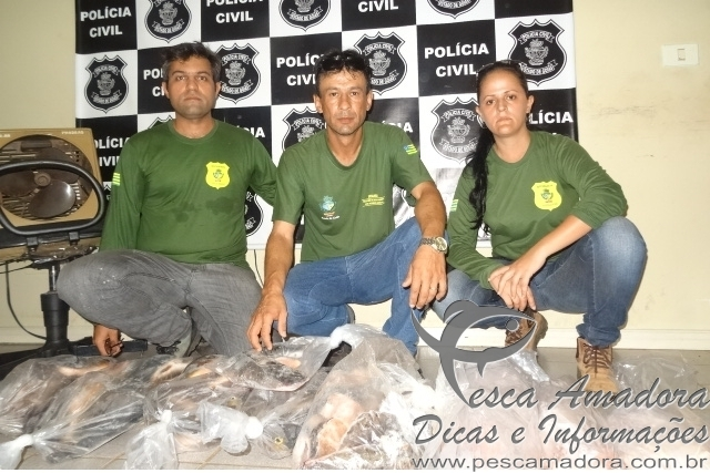 Polici civil apreende pescado irregular durante operacao Araguaia