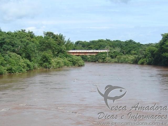 Rio Nioaque proximo a ponte Guaxupe no MS