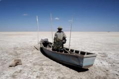 Segundo maior lago da Bolivia esta desaparecendo - Lago Popoo em Oruro
