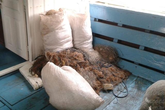 Semma apreende redes durante fiscalizacao contra pesca predatoria no lago do Maica no Para