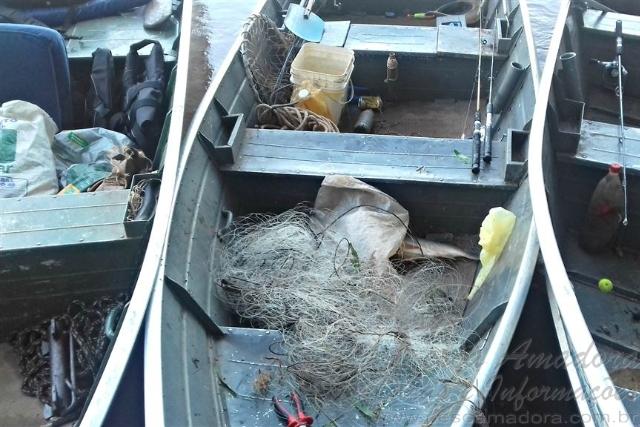 Tres homens sao presos por pesca predatoria no Rio Ivai