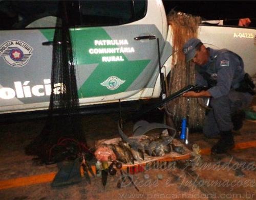 apreensao de armas e pescado ilegal em Votuporaga-SP