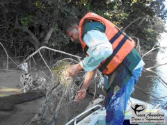 apreensao realizada pelo IAP no rio Ivai