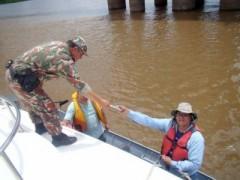 pma autua turista por pesca predatoria