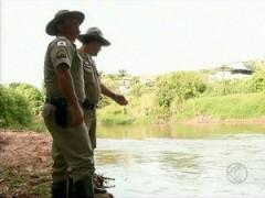 Fiscalização ocorre em represas e rio de São João del Rei (Foto: Reprodução/TV Integração)